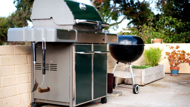 gas-grill-and-barbecue-grill